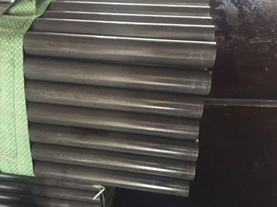 Seamless alloy boiler tube